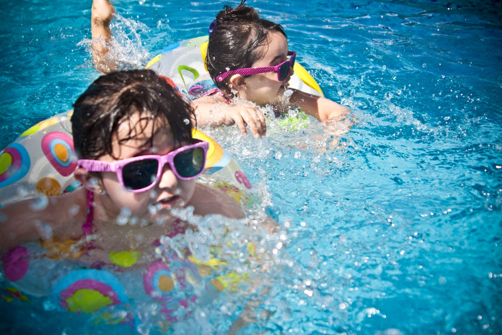 Protecting children from heat and dehydration